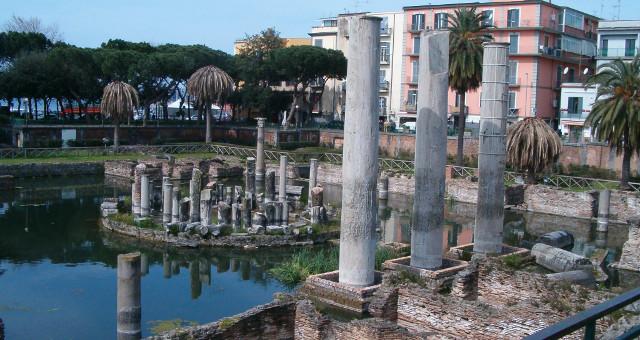 Pozzuoli Serapide Palme