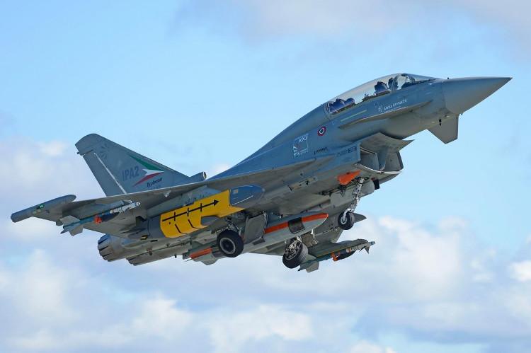 Jet Aeronautica Militare efa launcher