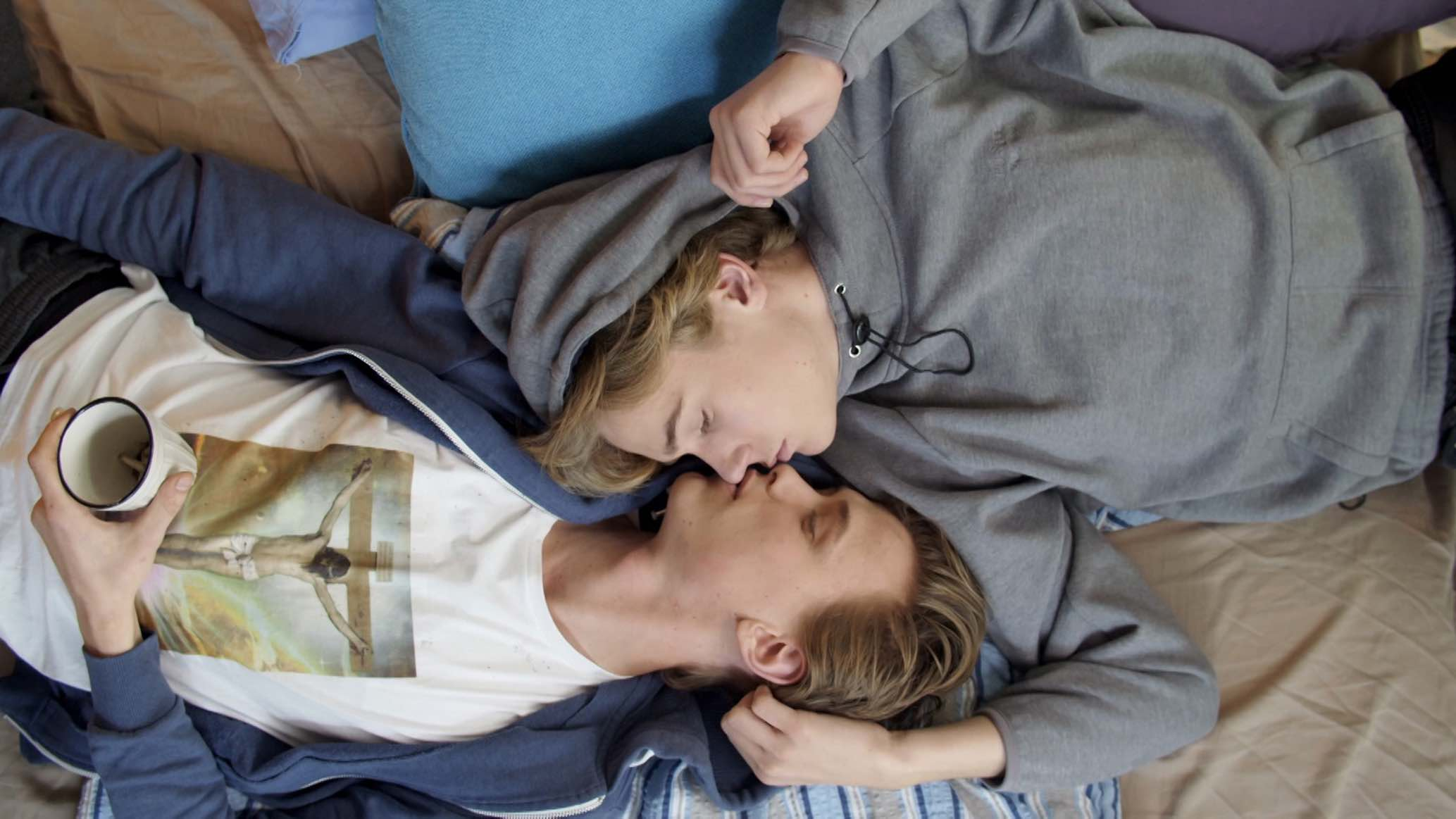 Skam Isak and Even 1