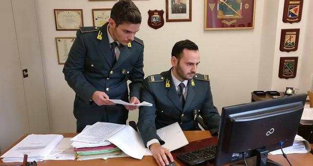 Guardia di Finanza, controlli (foto gdf)