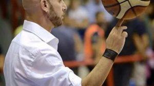 Stefano Scotto di Luzio pallacanestro partenope foto freeStefano Scotto di Luzio pallacanestro partenope foto free