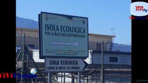 Isola ecologica, fondo con percolato