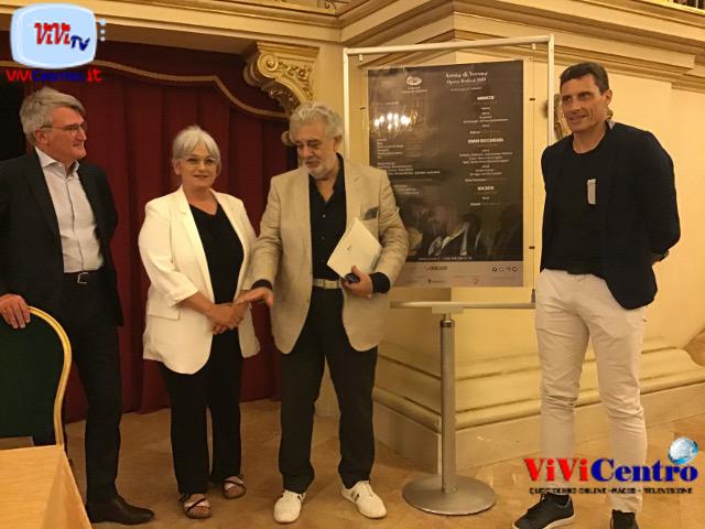 PLÁCIDO DOMINGO e I 50 anni dal debutto 1