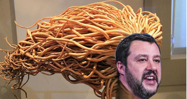 Salvini sul caso di Bibbiano dopo l'inchiesta Angeli e demoni sui presunti affidi illeciti