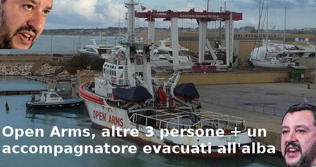 Open Arms, altre 3 persone + un accompagnatore evacuati all'alba