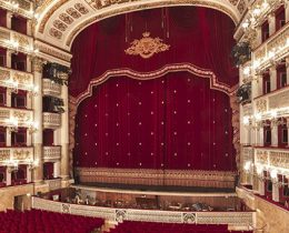 Teatro San Carlo (free)