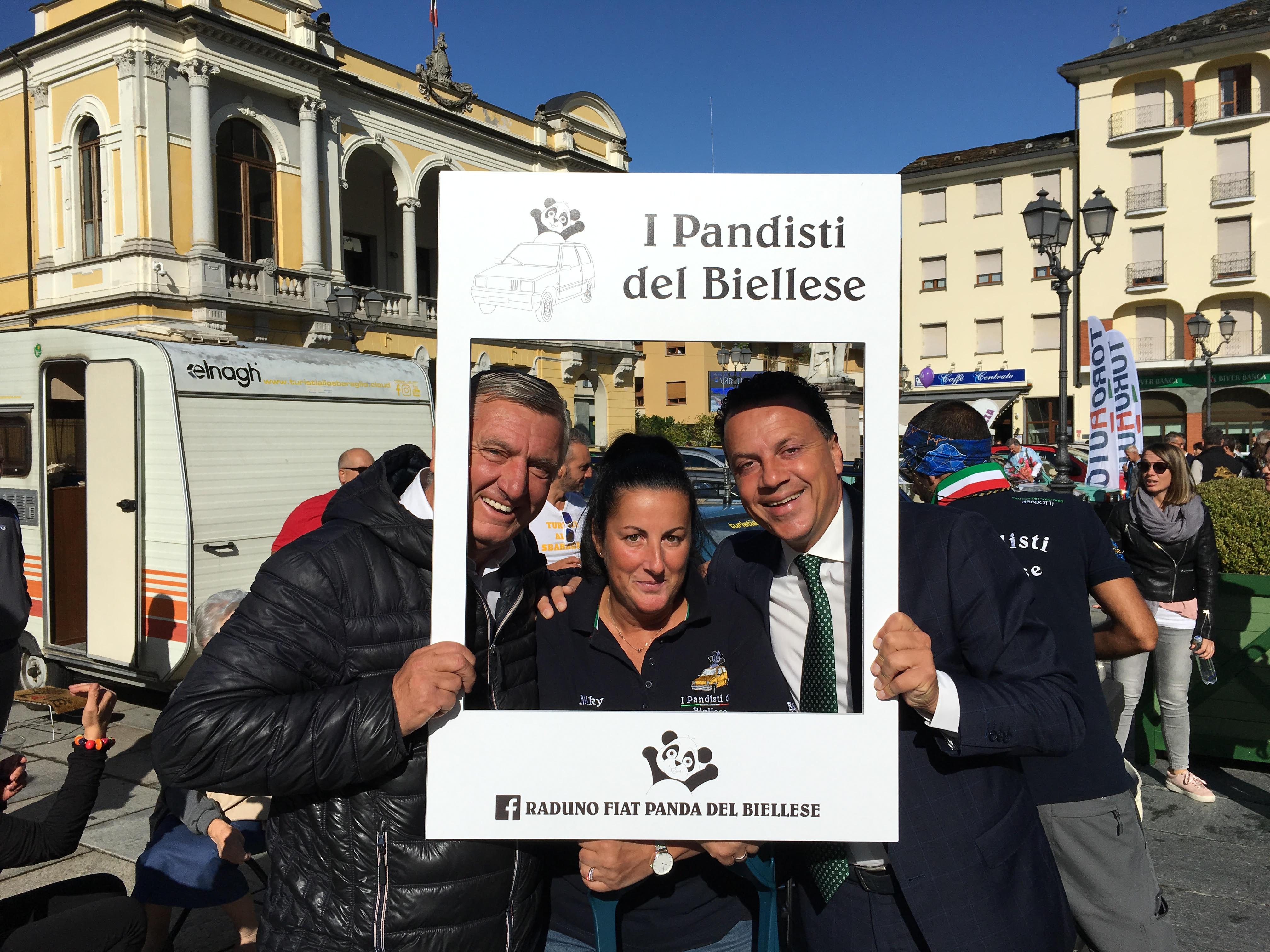 Pandisti del Biellese a Varallo