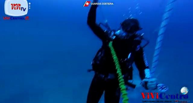 Lampedusa Recupero corpi vittime naufragio tra il 6 e il 7 ottobre