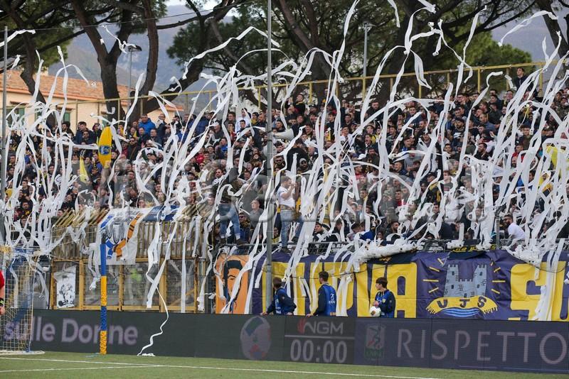 Curva Sud Juve Stabia Salernitana Calcio Serie B Castellammare (14)