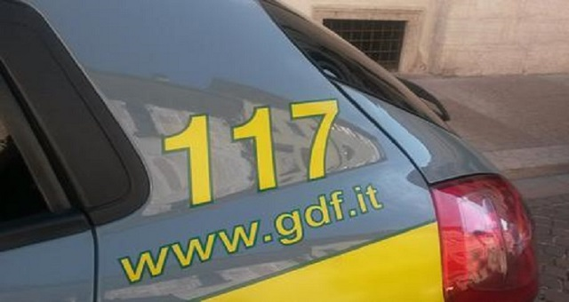 GDF Roma arresto per cocaina, sequestro - illegali