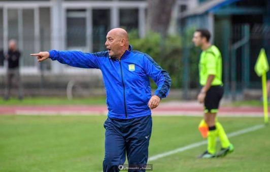 """Ischia-Monti: """"Meglio l'equilibrio in classifica, cerchiamo un attaccante ed un difensore"""""""