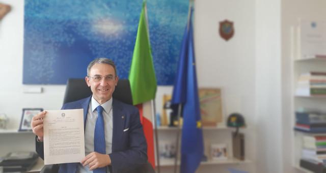 Sergio Costa con decreto sovvenzioni per smog