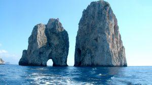 Capri: denunciato per resistenza a Pubblico Ufficiale