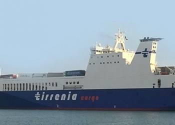 Isole Tremiti Guardia Costiera pronta ad intervenire nave Tirrenia Cargo Sicilia