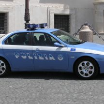 Polizia: Arresti e denunce in Vicaria-Mercato
