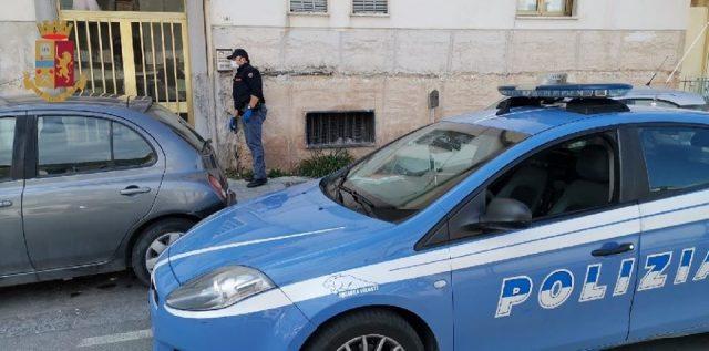 questura di napoli foto free castellammare poliziotti spesa anziana