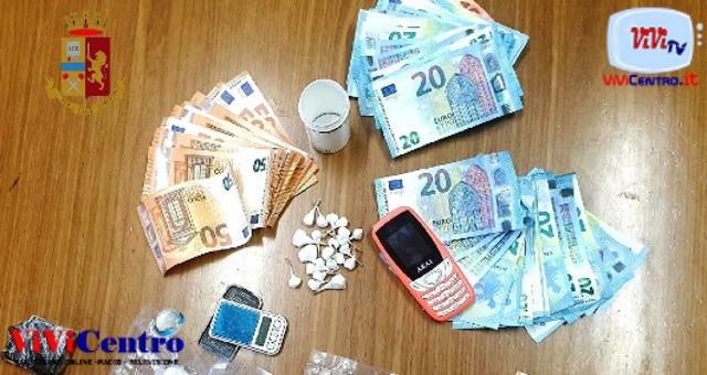 soldi droga foto free questura di napoli