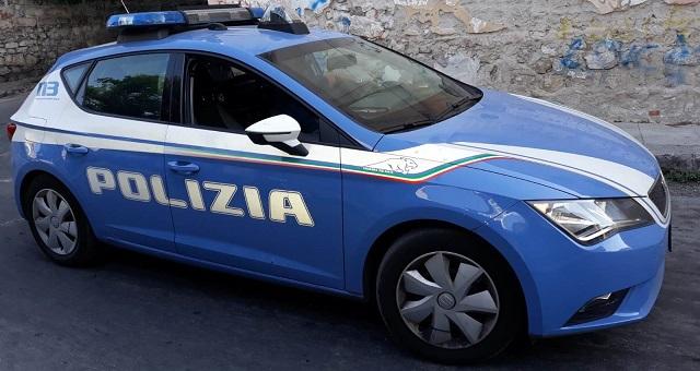 Fermo indiziato Polizia in azione contro il reato di estorsione
