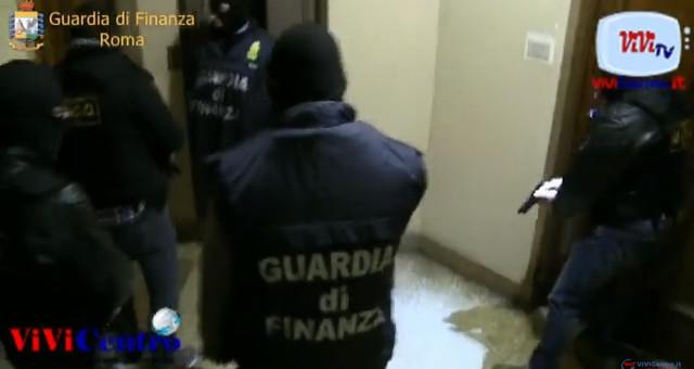 GDF Roma- call center della droga al quartiere di San Basilio