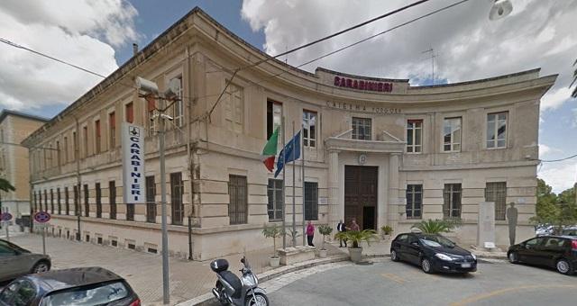 Carabinieri di Ragusa lo hanno arrestato in flagranza di reato
