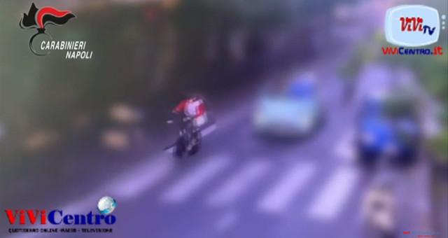 Ruba bici elettrica nel centro di Sorrento, filmata e arrestata