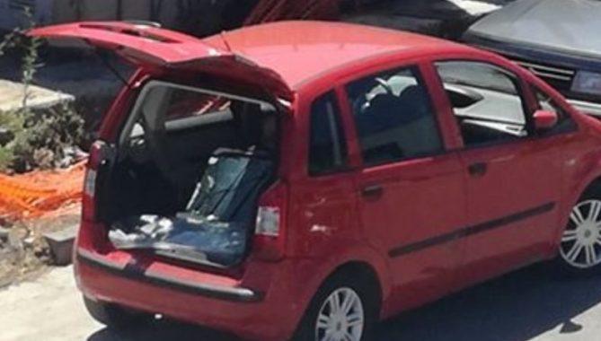"""Rione Santa Rosa: arrestato ladro d'auto """"armato"""" di chiave elettronica auto abbandona rifiuti castellammare foto free sindaco cimmino"""