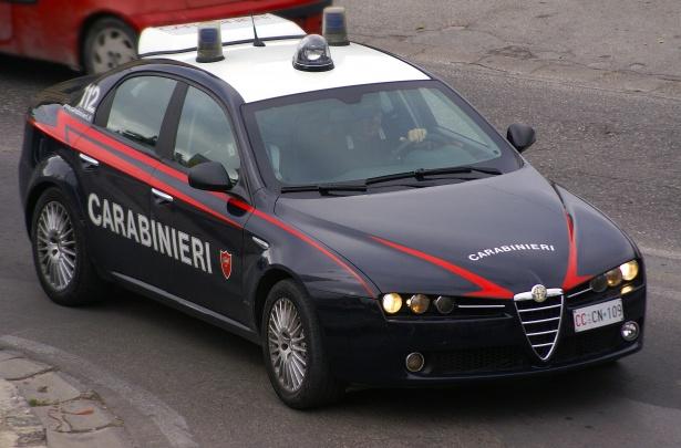 Carabinieri di Napoli al servizio dei Cittadini: un anno in azione Carabinieri vs violenza di genere: 5 arresti e 3 denunce