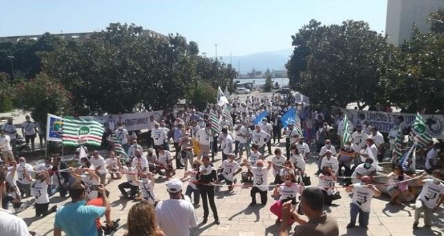 un flash mob a Messina per chiedere infrastrutture insieme al Ponte