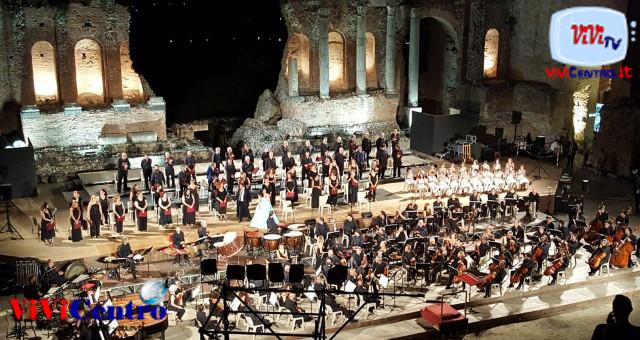 Teatro Antico di Taormina, lunghi applausi per i Carmina Burana