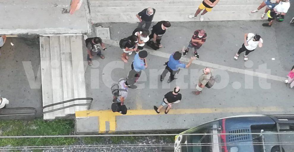 Castellammare stazione via nocera carabinieri circumvesuviana foto vivicentro