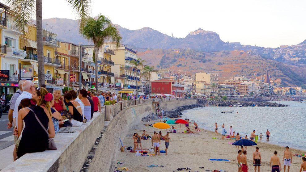 Coronavirus, 17 casi accertati tra Taormina e Giardini Naxos, molti i giovani