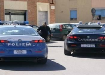 Stava tentando di suicidarsi: salvato dagli agenti di Canicattì Poliziotto arrestato è accusato di violenza sessuale