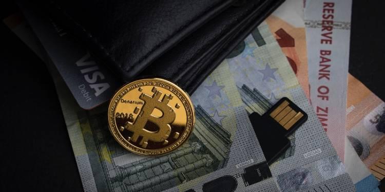 trading bitcoin aleksi-raisa-M4DMyeU9Etc-unsplash