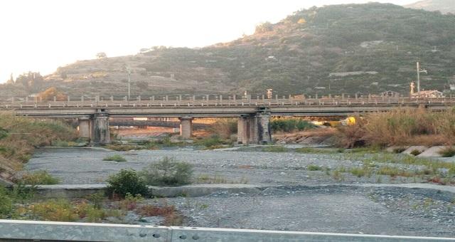 La ricostruzione del Ponte sul torrente Agrò viene annunciata