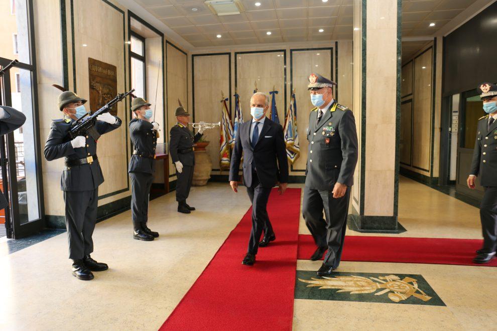 Roma- Visita del Prefetto Piantedosi al Comando Regionale e al Comando Provinciale
