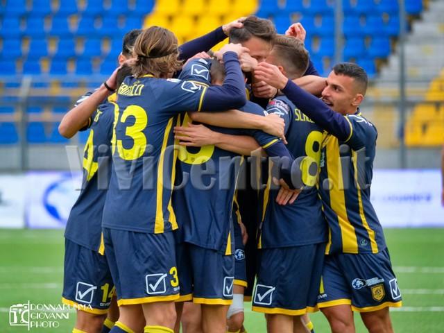 Juve Stabia 2 Viterbese 0 Calcio Serie C Castellammare (16)