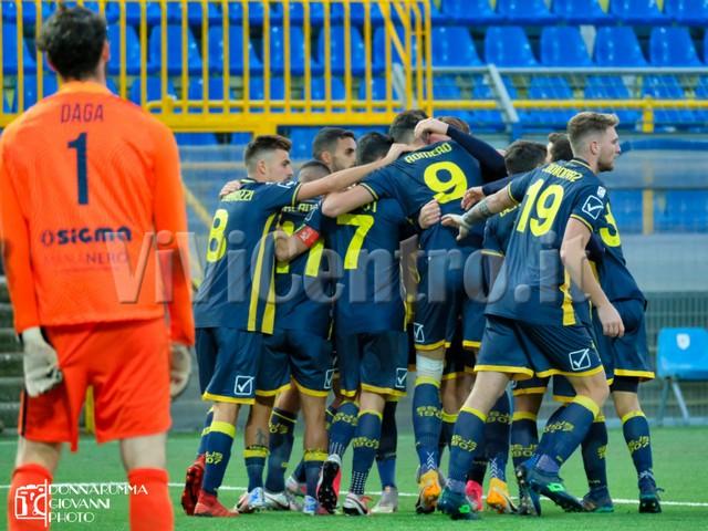 Lega Pro Juve Stabia 2 Viterbese 0 Calcio Serie C Castellammare (16)