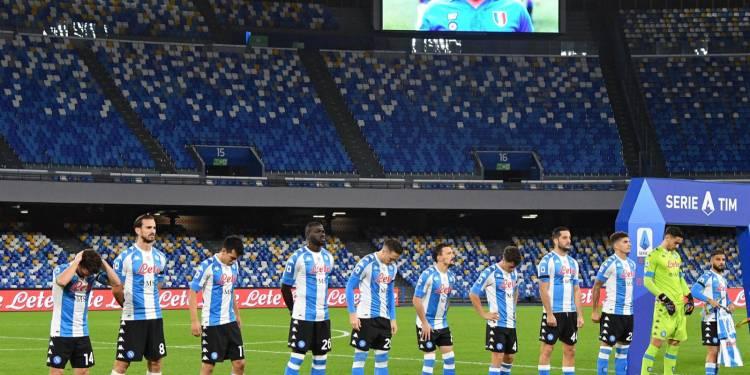 """Tra """"coccodrilli"""" e """"cliché"""" Il saluto a Maradona"""