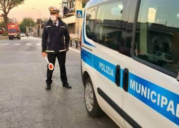nuovi casi covid polizia municipale i sant'antonio abate continuano controlli