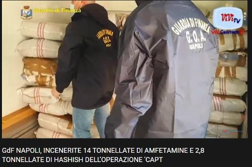 """GdF Napoli: """"Operazione Captagon"""" incenerite tonnellate di amfetamine e hashish"""