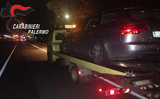 I CC di Monreale hanno intercettato contromano lo straniero su una grossa Mercedes