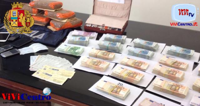 Agenti di Polizia di Torre del Greco hanno proceduto all'arresto di F.F., 44enne di Torre del Greco, gravemente indiziato di estorsione.