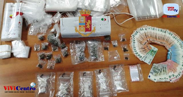 Corso Malta NA, detiene droga in casa, Arrestato