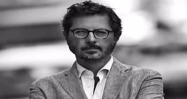 Francesco E. Borrelli, la politica diventi esemplare per i cittadini