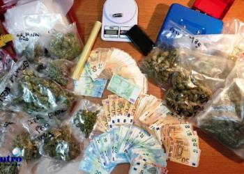 Ischia, sorpreso con la droga in casa, arrestato