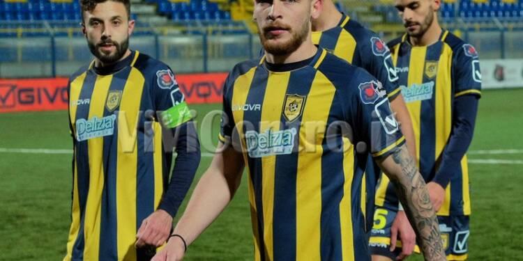Juve-Stabia-Avellino-Calcio-Serie-C-Girone-C-2020-2021-Esposito-Berardocco