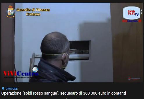 """Operazione """"soldi rosso sangue"""", sequestro di 360 000 euro in contanti"""