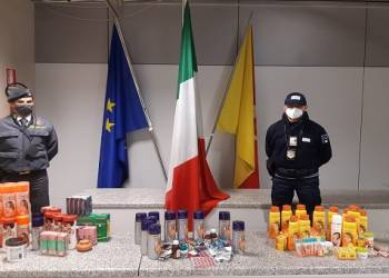 Sequestrati dalla GdF di Palermo all'aeroporto Falcone-Borsellino