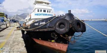 un'indagine per trasbordo di migranti previo pagamento