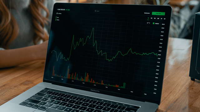 bitcoin profit tech-daily-ztYmIQecyH4-unsplash